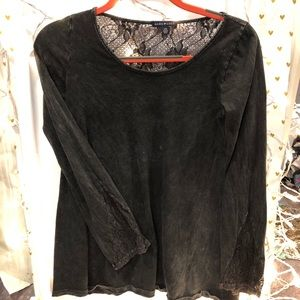 Basil & Lola ash long sleeve with lace detail